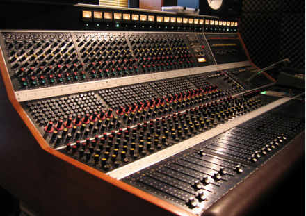 abe custom 28 channel recording console us 22 370. Black Bedroom Furniture Sets. Home Design Ideas